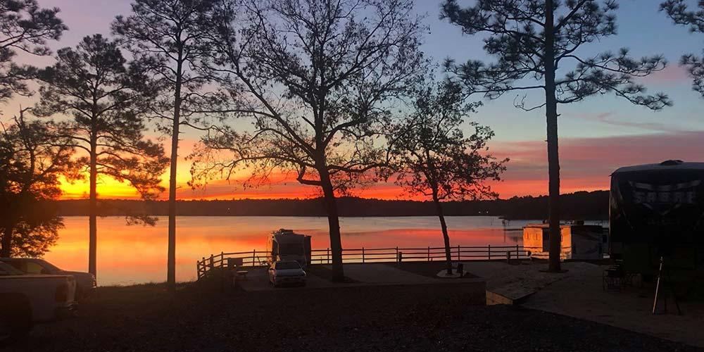 Twin Lakes Camp Resort florida glamping